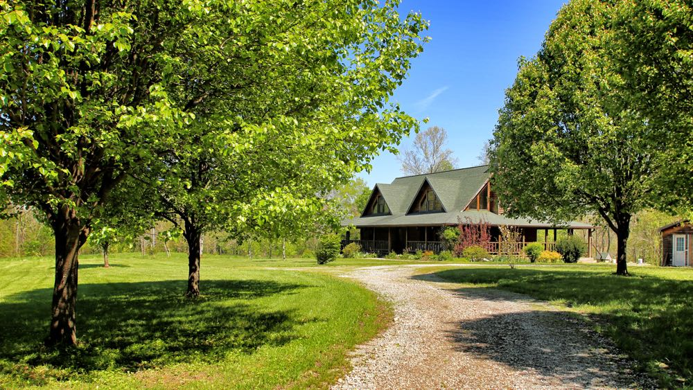 Log Cabin Style Home 46 Acres Kentucky Homes And Land