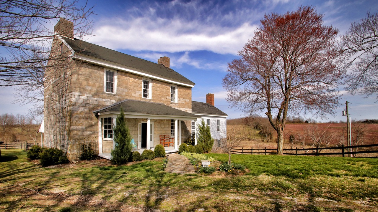 Stone-House-for-sale-in-Kentucky